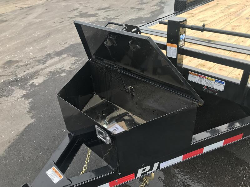 2019 PJ Trailers 18ft - 6 in. Channel Equipment Tilt (T6) Equipment Trailer