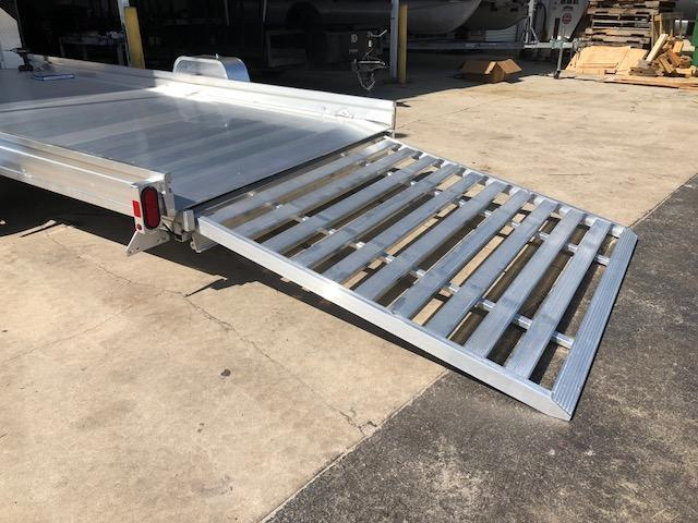 NEW UTR14 UTV/ATV Aluminum Trailer w/pull out ramp ALUMA