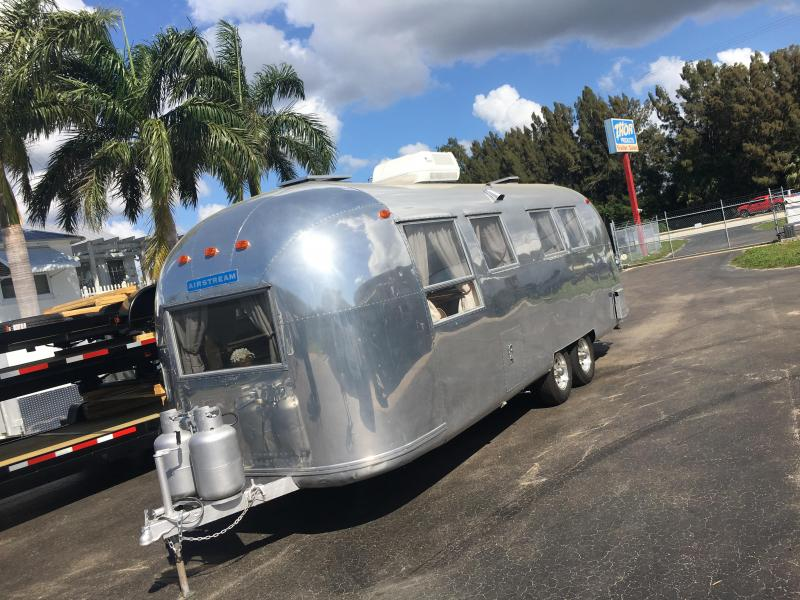 1965 Airstream Overlander Travel Trailer 26' SUPER CLEAN  DENT FREE BODY  VINTAGE AIRSTREAM