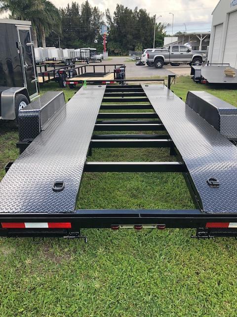"82"" x 18' 7K Car Hauler - Steel Deck - Open Center Removable DS Fender"