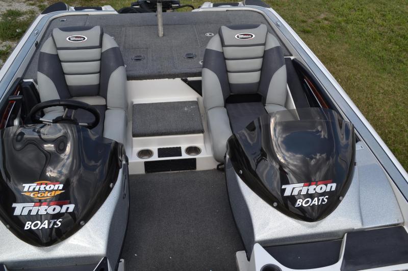 2011 Triton 21XS Elite DC Power Boat