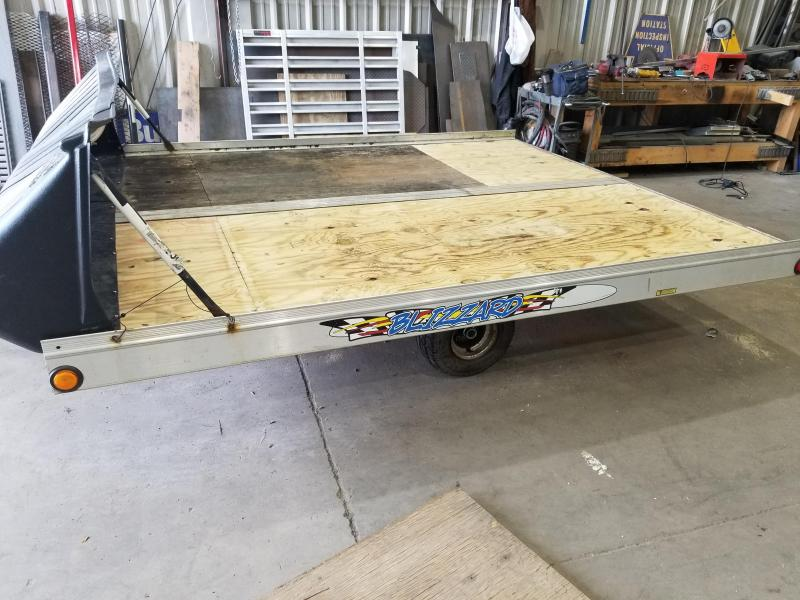 2001 Triton 101x10 Tilt Snowmobile Trailer