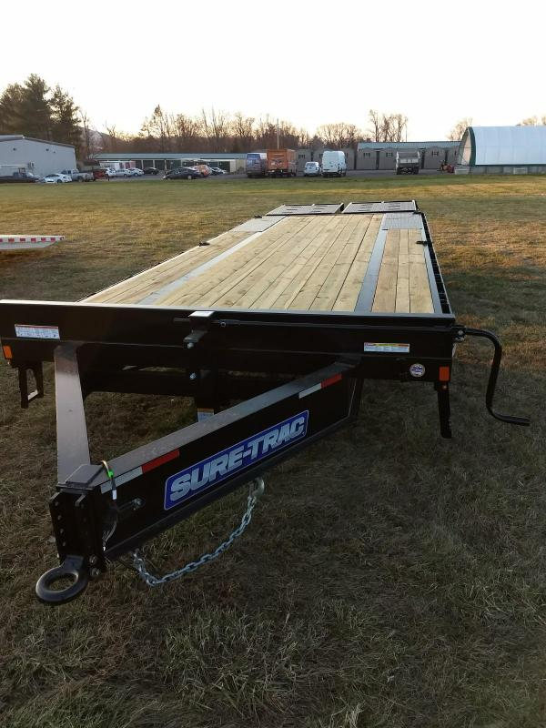 2019 Sure-Trac 8.5x20+5 LowPro Deckover Tandem BP 15K in Plainfield, NH