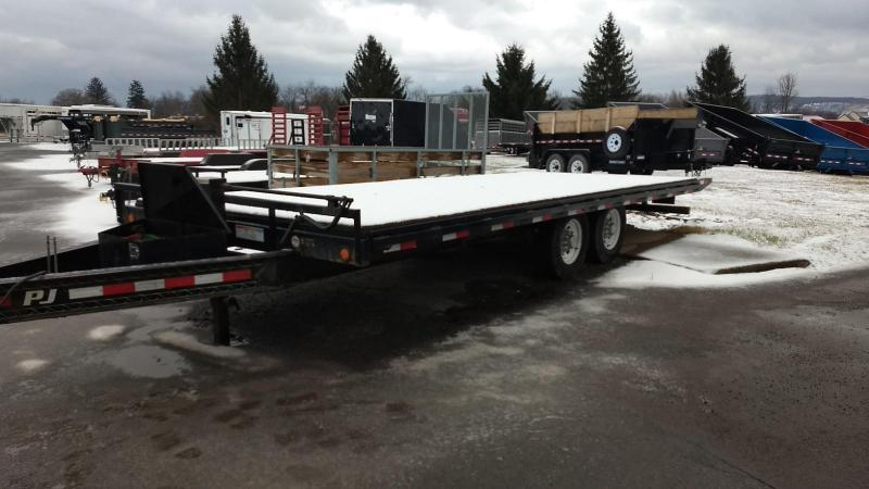 2016 PJ Trailers 101x22 14K Power-tilt Equipment Trailer