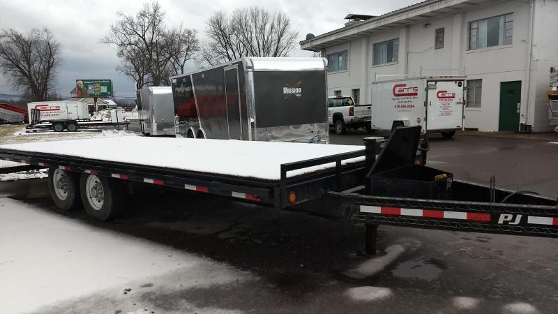 2016 PJ Trailers 101x22 14K Power-tilt Equipment Trailer
