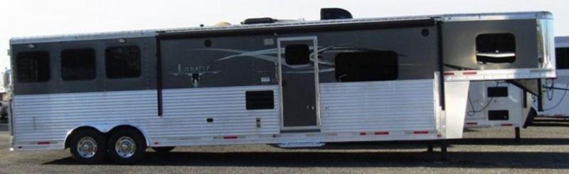 2015 Lakota 8316 Bighorn Horse Trailer