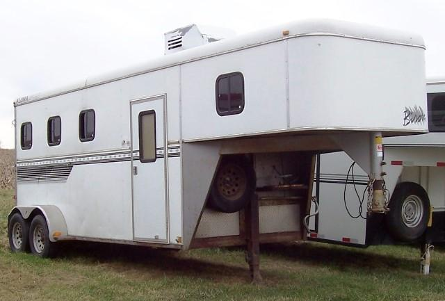3 Horse Trailers | KERLIN TRAILERS | Horse Trailer and Stock Trailer ...