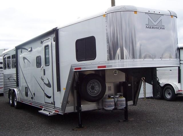 2018 Merhow Trailers Next Generation 8311 Horse Trailer in Ashburn, VA