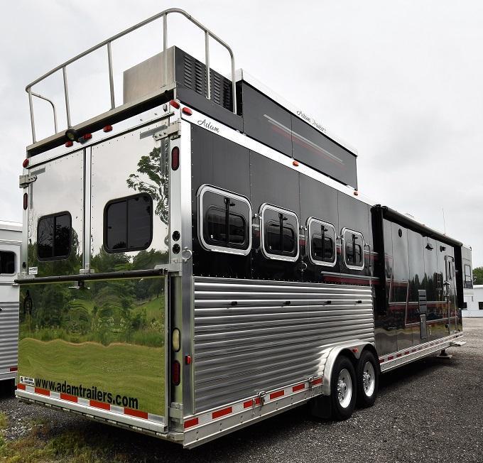 2009 Adam Excursion 8419 w/Slideout Horse Trailer