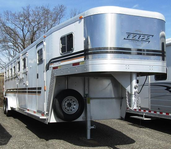 2001 Exiss Trailers Extreme  Trainer Horse Trailer