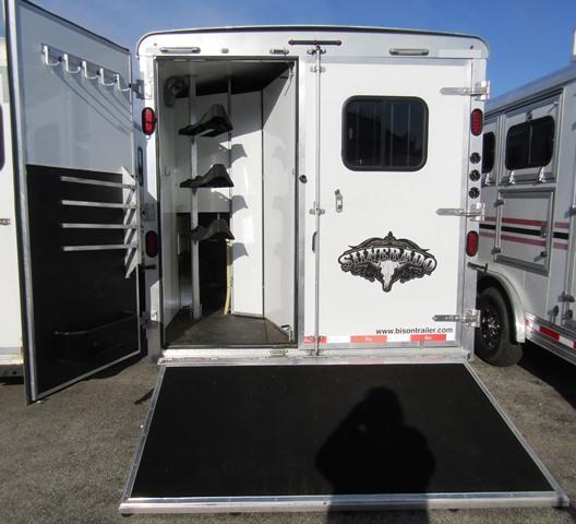 2015 Bison Trailers Silverado 8313 w/Bar Horse Trailer