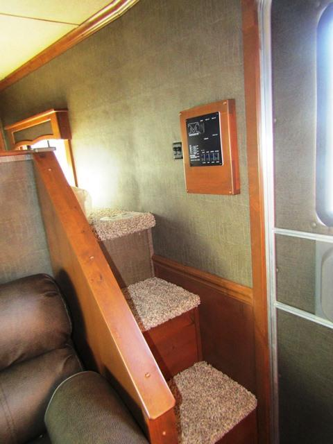 2018 Merhow Trailers 8311 Alumastar Next Generation Horse Trailer