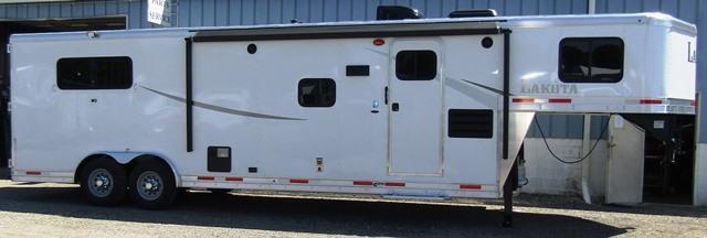 2019 Lakota Trailers 8311 Colt Horse Trailer