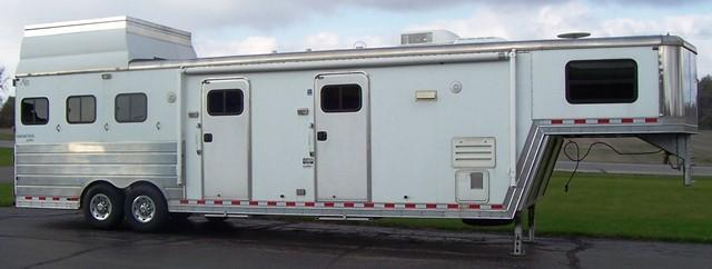 2005 Kiefer Manufacturing Genesis XE143 Horse Trailer