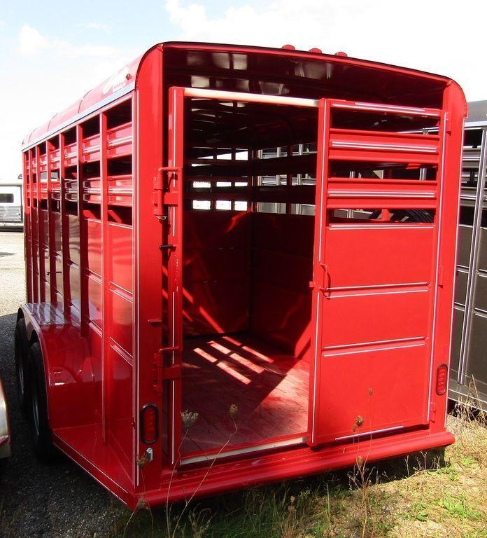 2019 Delta 500 Series Livestock Trailer