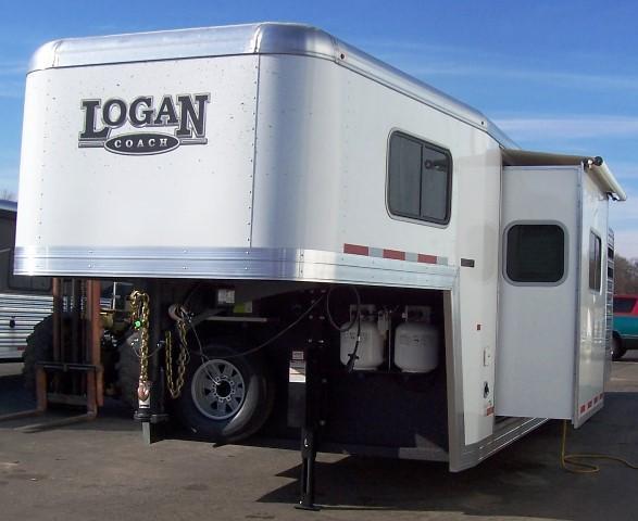2017 Logan Coach 812 Limited Stock/Combo 12 LQ Horse Trailer