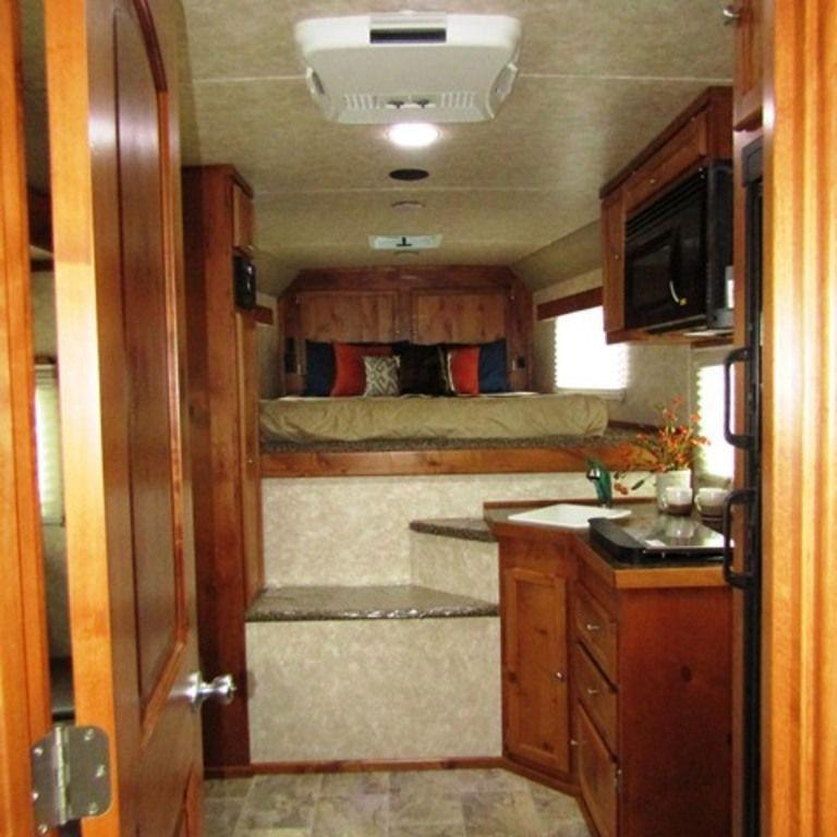 2019 Logan 810 Limited Horse Trailer