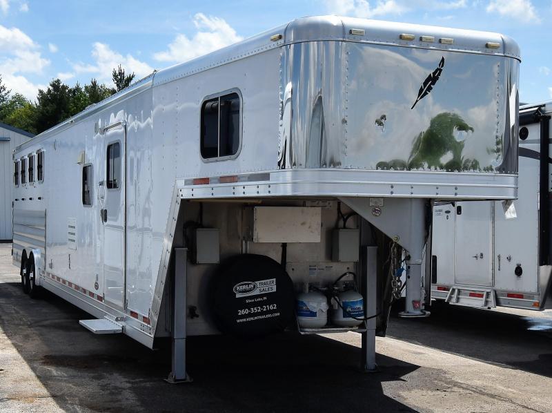 2009 Featherlite 8581 with 16 Sierra Conversion 12' slideout Horse Trailer in Ashburn, VA