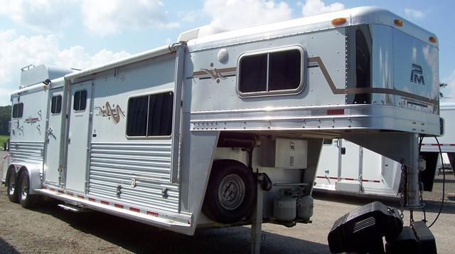 2005 Platinum Coach 2-H with LQ Horse Trailer in Ashburn, VA