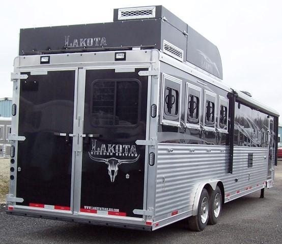 2018 Lakota Trailers Big Horn 8417 Horse Trailer