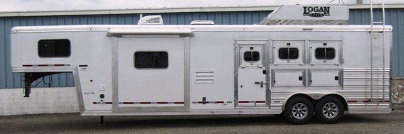 2019 Logan 812 Limited Horse Trailer