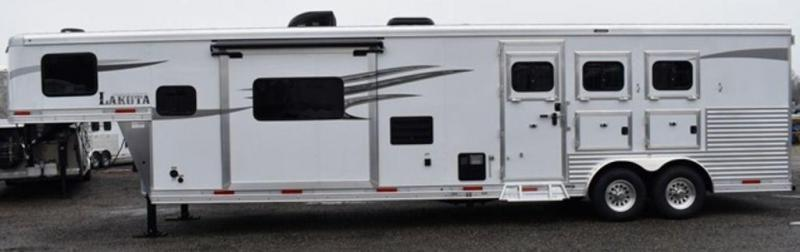 2019 Lakota 8315 Charger Horse Trailer