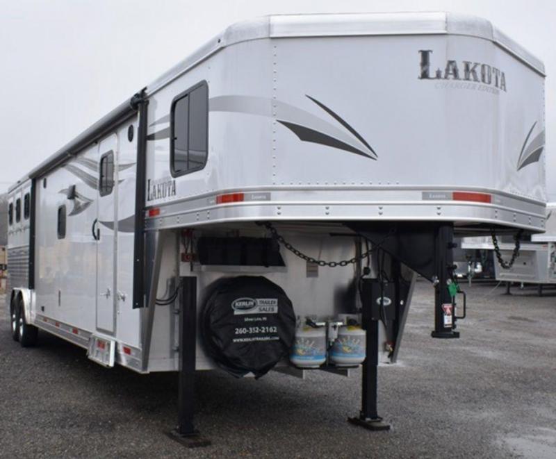 2019 Lakota 8315 Charger Horse Trailer