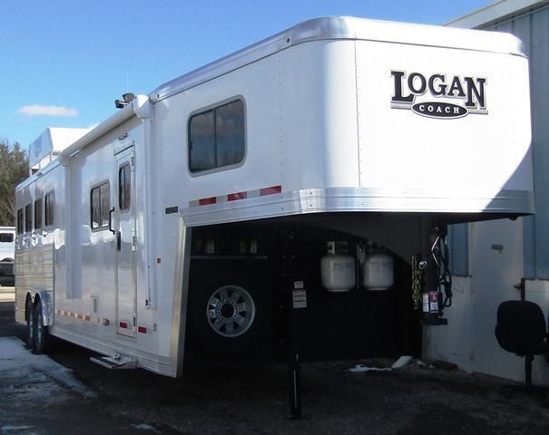 2018 Logan Coach Trailers 812 Limited Horse Trailer