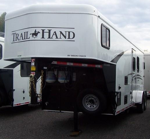 2018 Bison Trailers 720 Trail Hand Horse Trailer