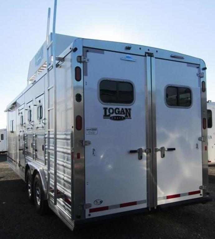 2019 Logan 810 Limited Horse Trailer