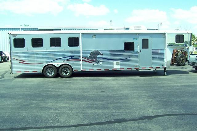 2006 American Spirit 8413 Horse Trailer in Ashburn, VA