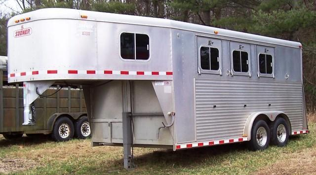 Pre-Owned Trailers | KERLIN TRAILERS | Horse Trailer and Stock ...