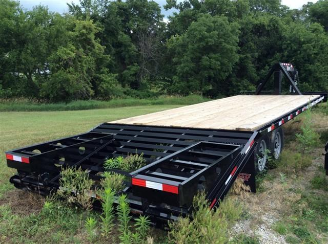 2014 Kiefer Manufacturing 1000E Deck Over 205 Self Clean Equipment Trailers