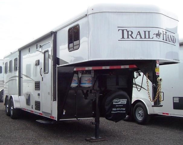 2018 Bison Trailers 7308 Trail Hand Horse Trailer