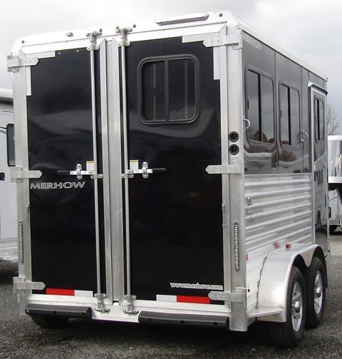 2019 Merhow Trailers Bronco Horse Trailer