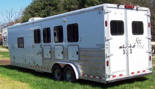 2010 Kiefer Manufacturing Genesis 8143 Horse Trailer