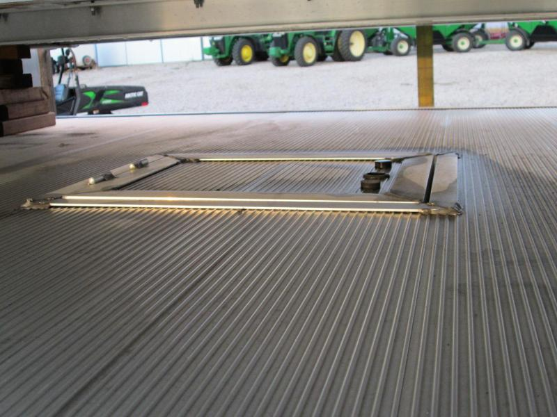 "2016 Aluma 8100 Truck Beds 81"" X 96"""