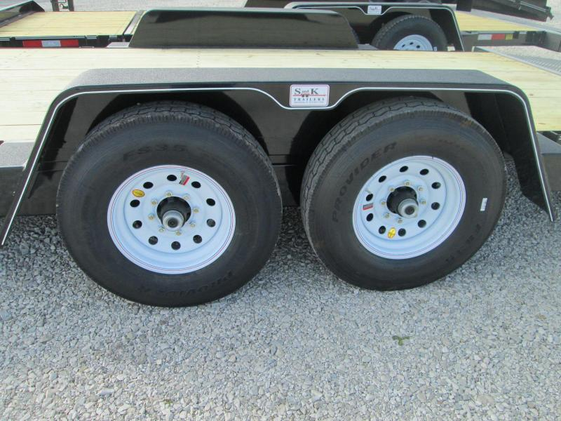 2019 Behnke TBCT2214ET Gravity Tilt Trailer / 14Ply Tires