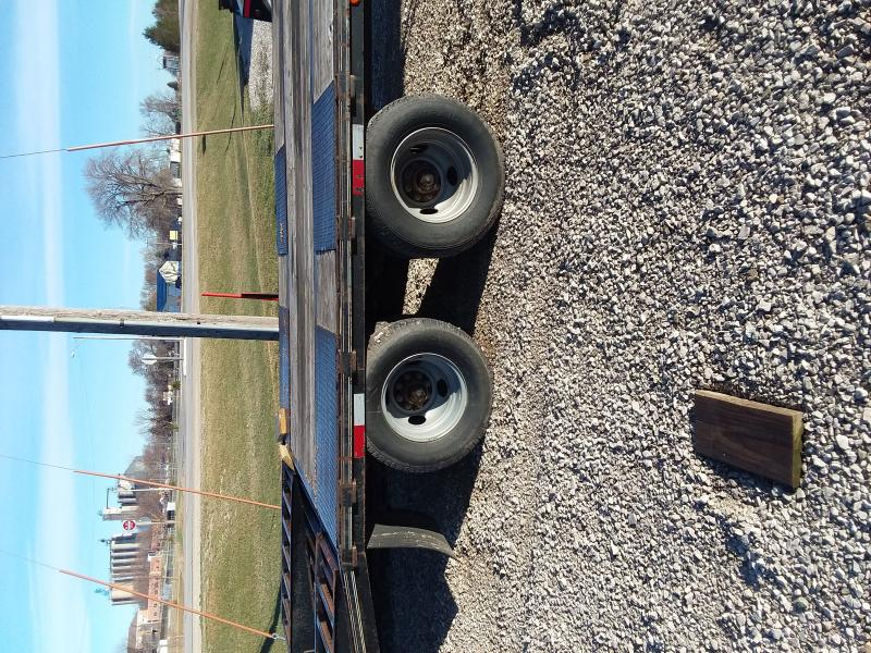 2009 Elite Trailers 25 TD GN Equipment Trailer