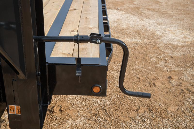 Big Tex Trailers 22GN-30+5 Gooseneck Tandem Dual Equipment Hauler Trailer 35' Gooseneck Trailer