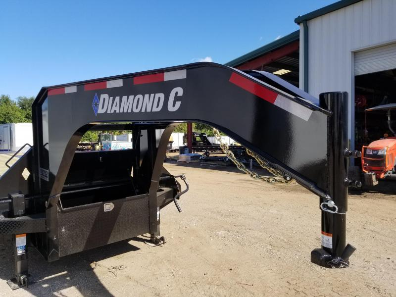 Diamond C Trailers FMAX210 Equipment Trailer Gooseneck 30'