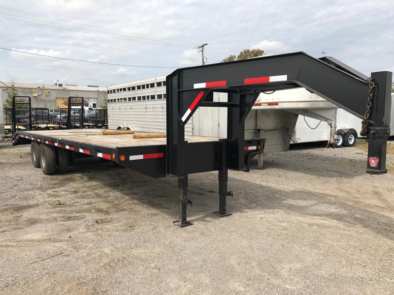 USED 2001 Anderson Manufacturing Gooseneck Equipment Trailer