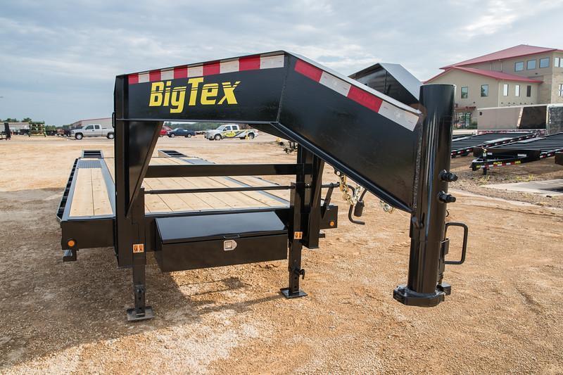 Big Tex Trailers 16GN 20+5 Gooseneck Equipment Trailer hauling