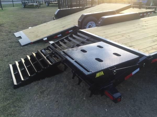 Big Tex 2019  Tandem Dual Axle Gooseneck Trailer 20+5