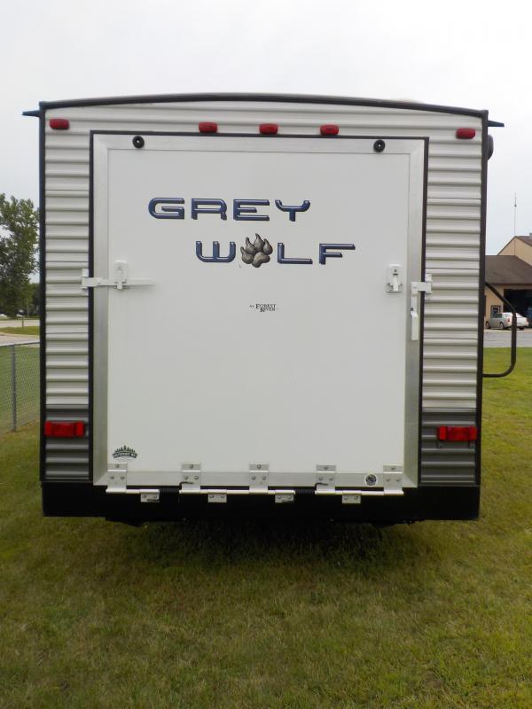 2015 Cherokee Grey Wolf Trailer Toy Hauler RV
