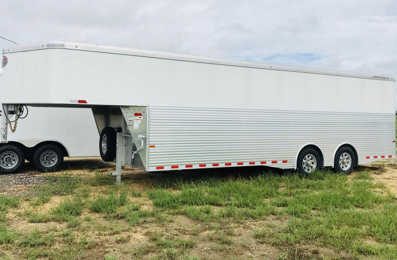 2018 Sundowner Trailers Gooseneck Cargo Enclosed Cargo Trailer