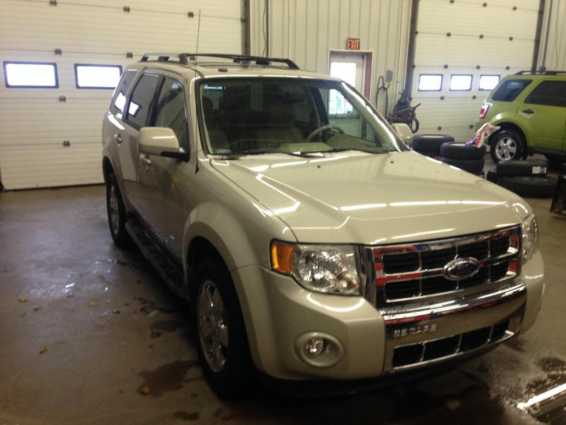 2009 Ford Escape Limited 4X4 SUV