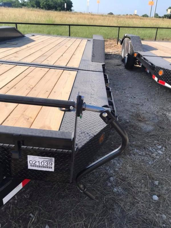 2019 Iron Bull 20 TILT EQUIPMENT Equipment Trailer