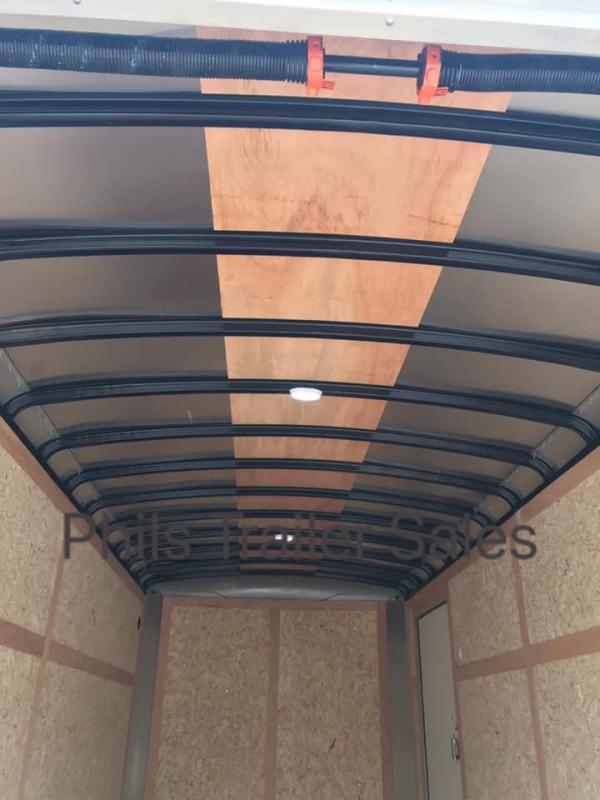 2019 7X16 7FT INTERIOR  sCREWLESS  Wells Cargo ROAD FORCE