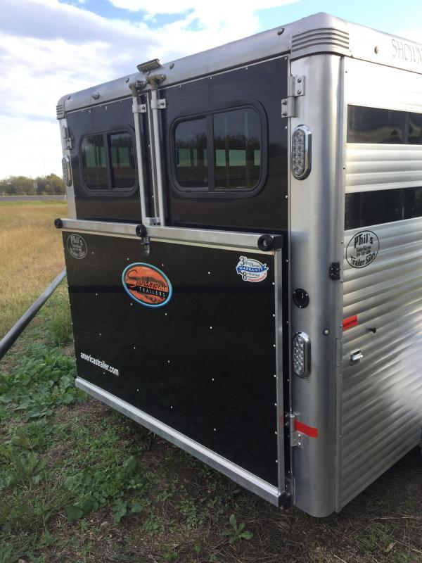 2018 Sundowner Trailers 16 SHOWMAN GT livestock show Trailer